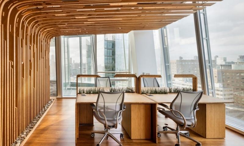 Офис разполага с биофилен дизайн за по-здравословно и щастливо работно място